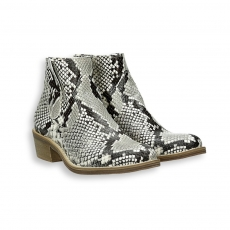 Rock printed python texas low boot heel 35 mm. rubber sole
