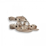 Powder calf and gold studs sandal chain heel 20 mm.