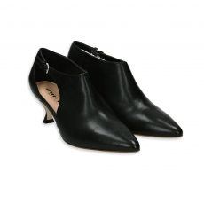 Black nappa ankle boot with side opening heel 50