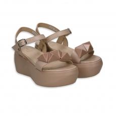 Eggshell leather wedge with glazed stones heel 40