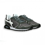 Sneaker in suede and anthracite nylon white detail running sole