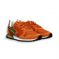 Sneaker in suede and orange nylon green detail running sole